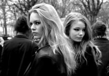 Anna Ewers et Hollie May Saker